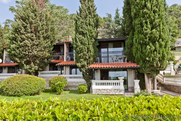 Vilele-Elenite-Villas-Bulgaria-01